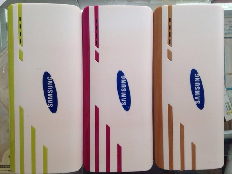 Pin sạc dự phòng Samsung 30000 mA + Tặng 01 đèn LED 50K 1