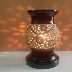 Đèn xông tinh dầu gốm - Tặng 10ml tinh dầu sả chanh