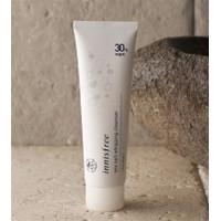 Sữa rửa mặt muối biển Innisfree Sea Salt Whipping Cleanser 30