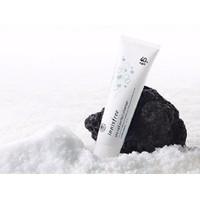 Sữa rửa mặt muối biển Innisfree Sea Salt Perfect Cleanser 40