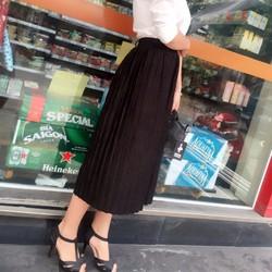Chân váy xếp ly thời trang