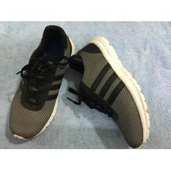 Giày thể thao xuất khẩu
