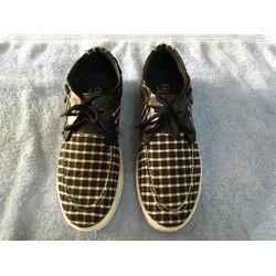 giày thể thao caro