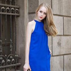 Đầm suông cổ yếm dạo phố mùa hè mát xinh