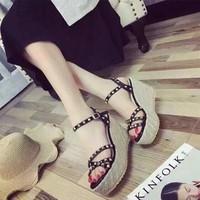 HÀNG NHẬP CAO CẤP SALE OFF - Giày sandal đế xuồng sang trọng
