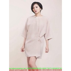 Đầm suông dài tay thiết  kế đính ngọc trai chéo sành điệu DSV207