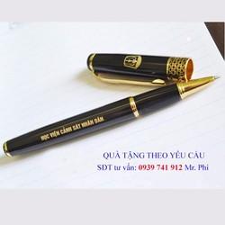 Bút kim loại khắc tên   Bút kim loại cao cấp tổ ong viền vàng