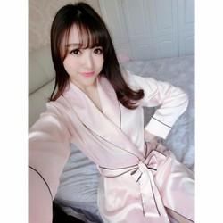 Áo choàng ngủ màu hồng dễ thương, kín đáo TK544