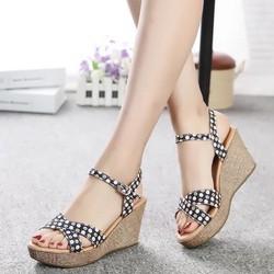 Giày Sandal cao gót đế xuồng cực đẹp