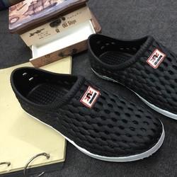 Giày nhựa đi mưa dành cho nam
