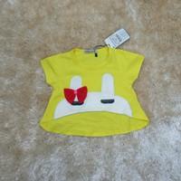 Áo croptop cho bé mặc kết hợp với đầm dây hoặc đầm hở vai