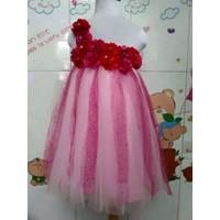 Đầm công chúa lệch vai