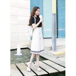 Bộ áo thun đen tay ngắn và Chân váy chữ A dài như Ngọc Trinh M422