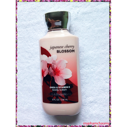 Dưỡng thể Bath and Body Works Body Lotion Cherry Blossom