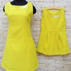 Đầm đôi mẹ bé kết hạt xinh xắn mùa hè
