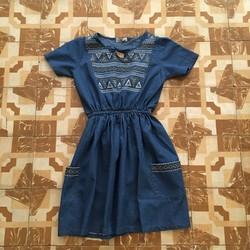 Đầm Denim thêu họa tiết