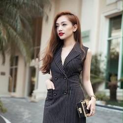Đầm công sở thiết kế dạng vest sang trọng sọc đen trắng cá tính DOV821
