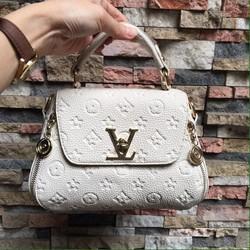 Túi xách Louis Vuitton