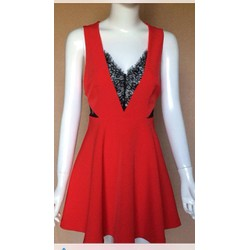 Đầm VNXK xịn xòe phối ren đỏ