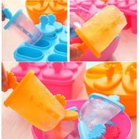 Bộ khuôn kem 8 chiếc rất đẹp và tiện dụng khi làm kem que tại nhà