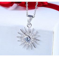Dây chuyền bạc mặt trời đính kim cương S034