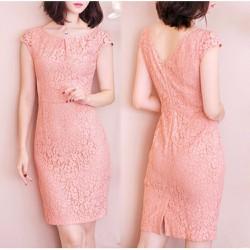 Đầm Ren Có Size XXL: Hoa Nổi Pinky Xẻ V Lưng Thời Trang - RS464 - M195