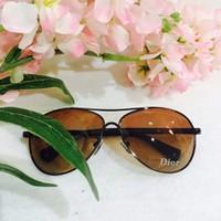 Mắt kính Dior TGS70128