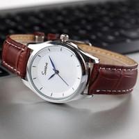 Đồng hồ thời trang dây da SM - Mã SM003