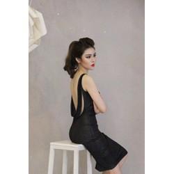 Đầm ôm body đen sexy hở lưng D537
