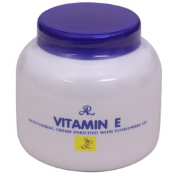 Kem dưỡng Vitamine E Thái Lan
