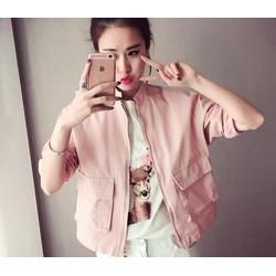 áo khoác màu hồng và xanh mint ngọt ngào