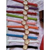 đồng hồ da nữ rẻ đẹp bền