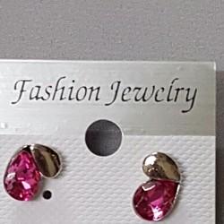 Khuyên tai nữ thời trang, thiết kế thanh lịch, phong cách sành điệu