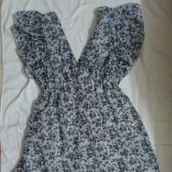 Đầm thời trang họa tiết