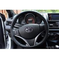 Bọc vô lăng ô tô logo Toyota