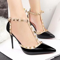 Giày cao gót đinh tán cao cấp