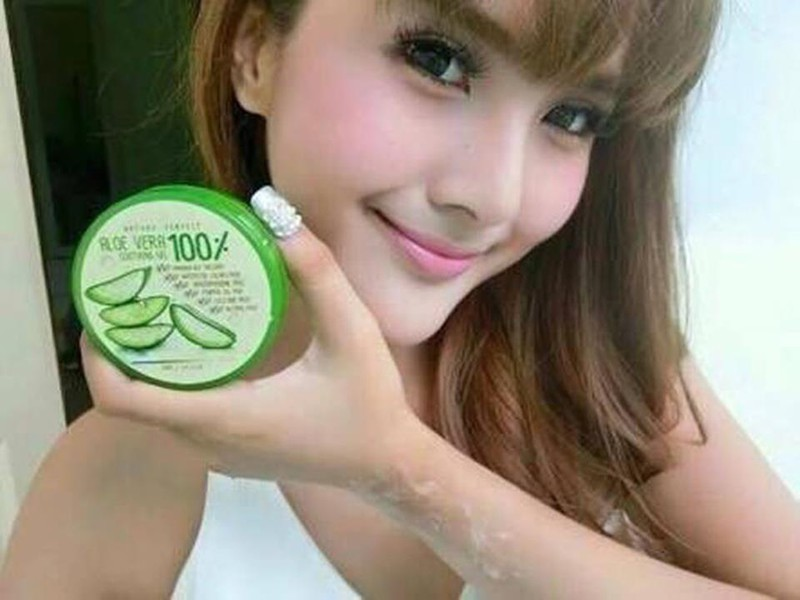 Nature Perfect Aloe Vera Soothing Gel  100 6