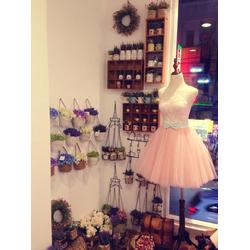 áo cưới ngắn giá mềm studio