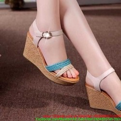 Giày đế xuồng cao gót quay hậu thiết kế quay đan xinh xắn GCG117