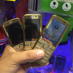 Nokia C5-00 gold hàng zin thay vỏ linh kiện mới gồm máy pin sạc