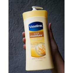 Dưỡng thể Vaseline Total Moisture