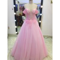 áo cưới hồng tay ngang giá rẻ