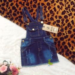 Đầm yếm jean rách tua cho bé 10kg - 25kg