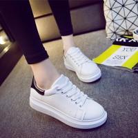 Giày nữ độn đế style cực chất Bomdo- BGT92-1