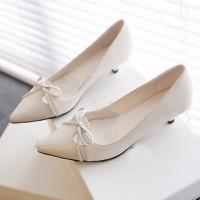 Giày cao gót thâp tết nơ