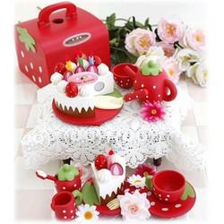 Đồ chơi Mother Garden MG 022B – bữa Tiệc dâu tây đỏ
