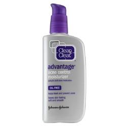 Kem dưỡng trị mụn Clean Clear Advantage Acne Control Moisturizer