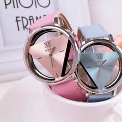 Đồng hồ đôi tam giác thời trang