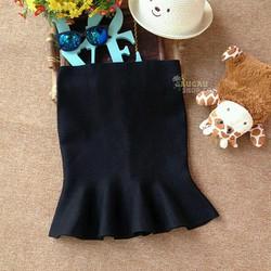 Chân váy bút chì đuôi cá đen