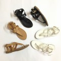 Giày sandals xỏ ngón